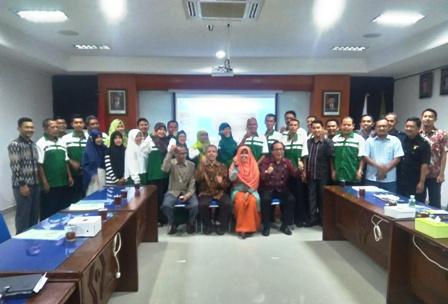 Prof. Djamaluddin Berikan Pelatihan Etos Kerja Islami Bagi Dosen dan Karyawan FIAI UII