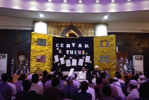 Gebyar Nuzulul Qur'an Bersama Syaikh Rasyid