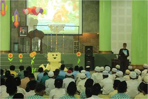 Rangkul Anak Yatim di Bulan Ramadan
