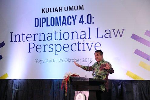 Diplomasi Masa Kini Harus Lebih Dekat dengan Generasi Milenial