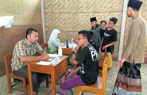 Relawan Kesehatan Berperan Tingkatkan Kesehatan di Pondok Pesantren