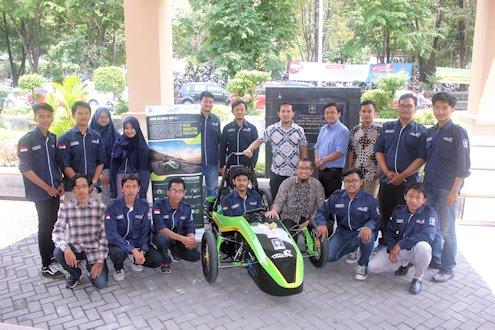 Mobil Listrik Kaliurang Unisi Siap Berlaga di KMLI X Bandung