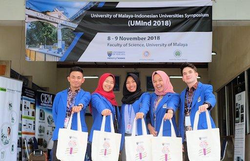 Mahasiswa UII Angkat Isu Domestik dalam Konferensi Regional
