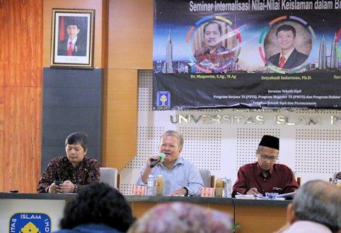 Teknik Sipil UII Gelar Seminar Internalisasi Nilai-Nilai Islam