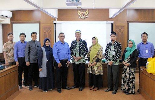 UNISSULA Semarang Tertarik Pengelolaan Pusat Bahasa Cilacs UII