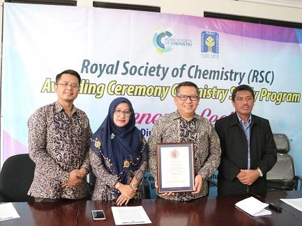 Program Studi Kimia UII Peroleh Akreditasi Internasional dari RSC, Inggris