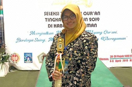 Aisyah Raih Juara Tafsir Bahasa Arab dan 30 Juz