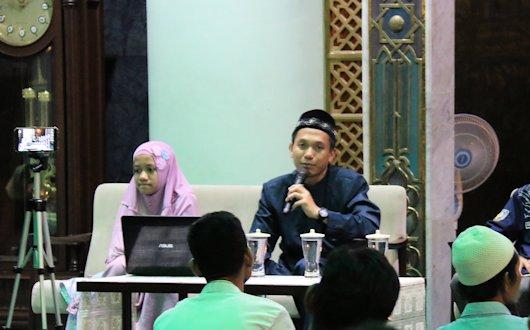 Mendidik Generasi Penghafal Al-Quran