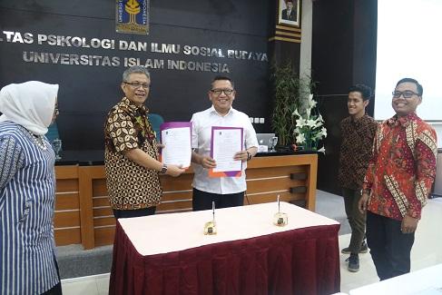 UII dan INDEF Jalin Kerjasama