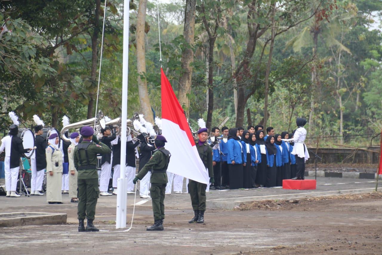 Peringati Kemerdekaan Ke-74 RI, UII Gelar Upacara Bendera