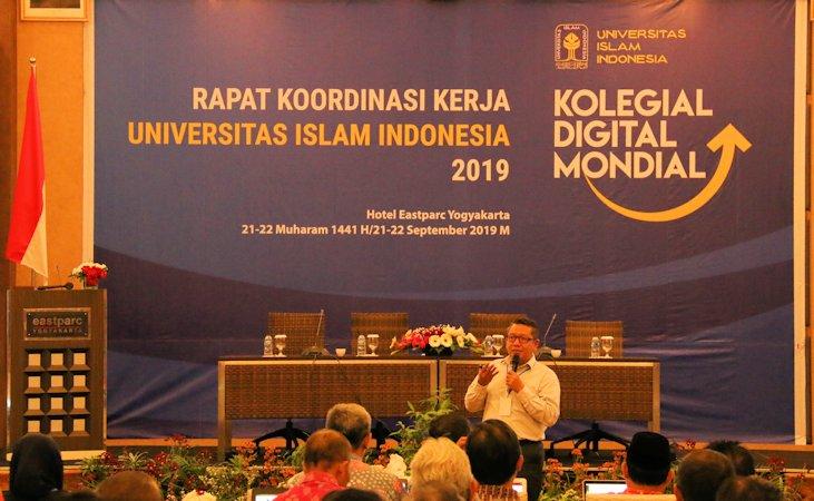 Digitalisasi Universitas, UII Dorong Kepemimpinan Kolegial dan Mondial