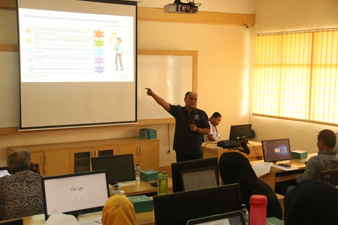 Jurusan Manajemen UII Adakan Pelatihan Aplikasi E-Performance