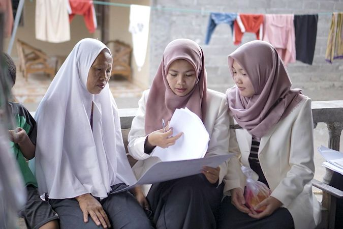 Apoteker UII Promosi Kesehatan di Dusun Candirejo, Sleman