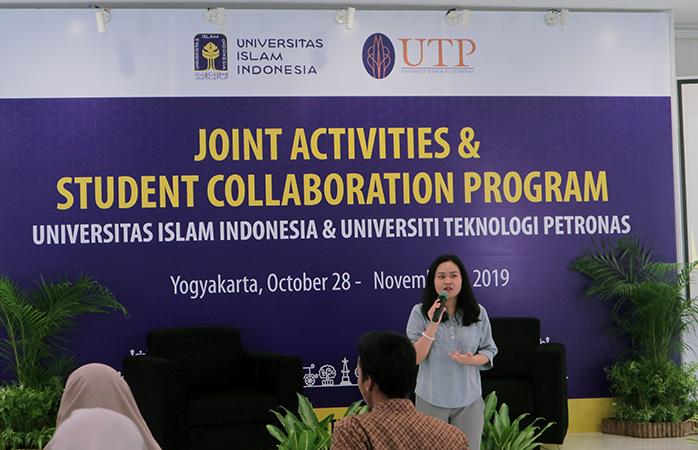 Mahasiswa UII dan UTP Malaysia Komitmen Lanjutkan Proyek Sosial