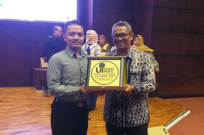 UII Menjadi PTS Paling Lestari di Indonesia