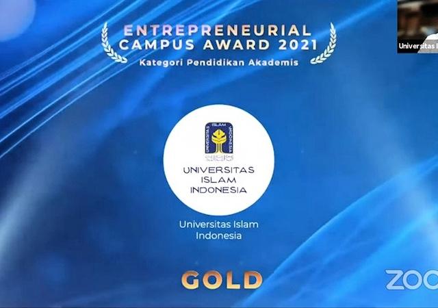 UII Raih Gold Winner Pada Entrepreneurial Campus Award 2021